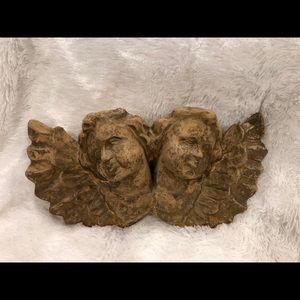 Twin cherub decorative bust